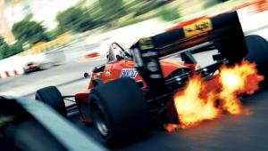 Vlammende auto