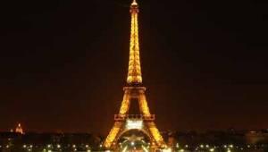 eiffel-tower-landmark-4