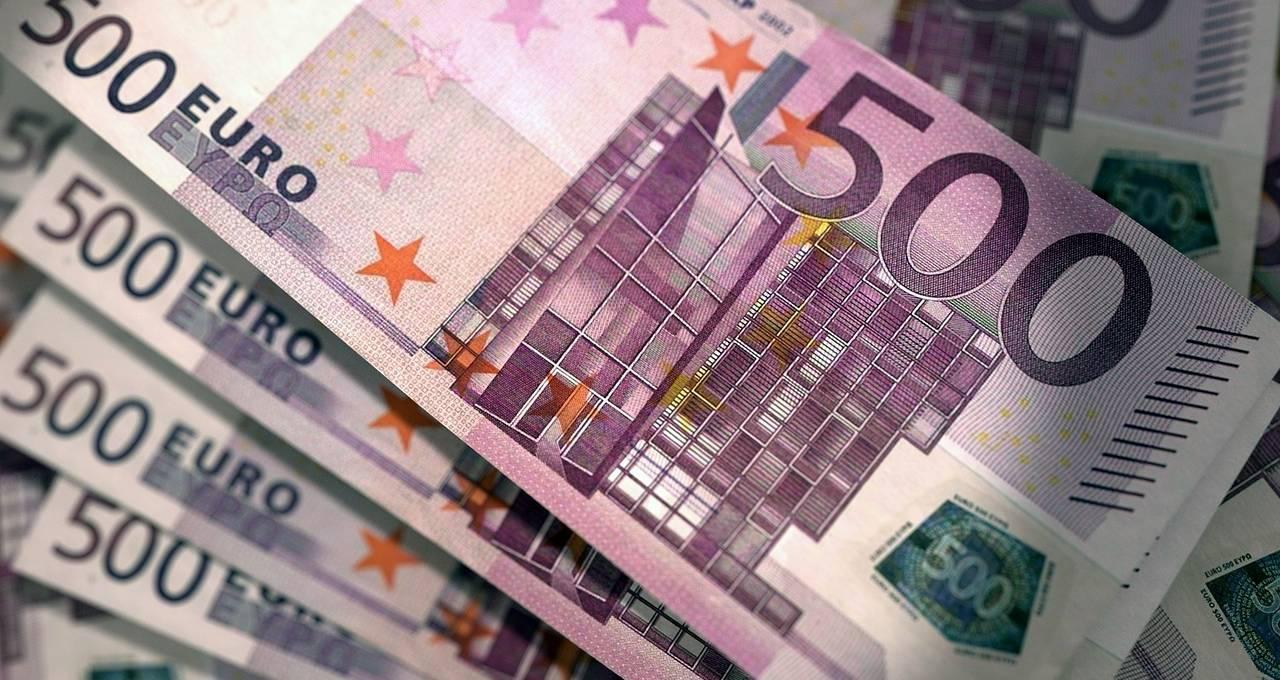 1.000 euro spaargeld over? Zo kan u het slim beleggen