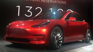 Candy_Red_Tesla_Model_3_trimmed_2