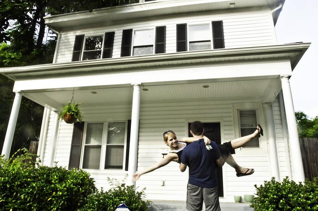 Goedkoop Alternatief Wonen : Vastgoedmagnaat deelt tip om gratis in je eerste huis te wonen
