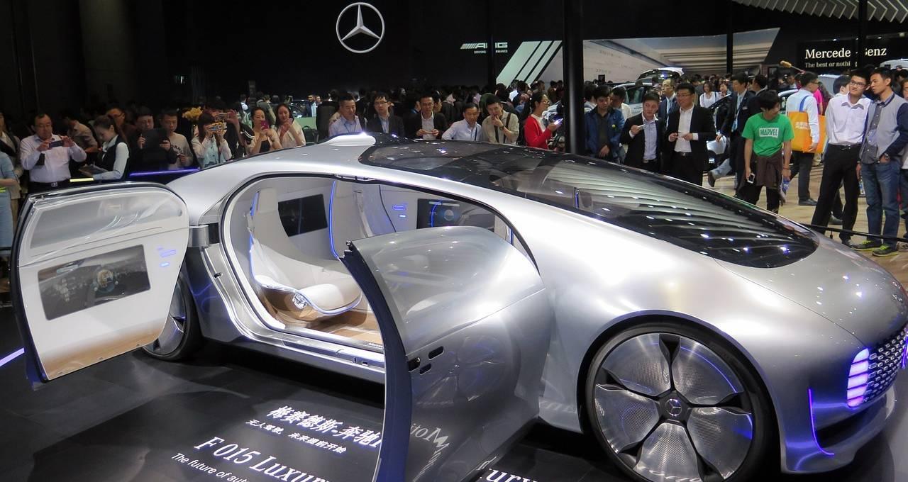 de grootste oliebedrijven ter wereld zien nu ook elektrische auto s als een bedreiging slim. Black Bedroom Furniture Sets. Home Design Ideas