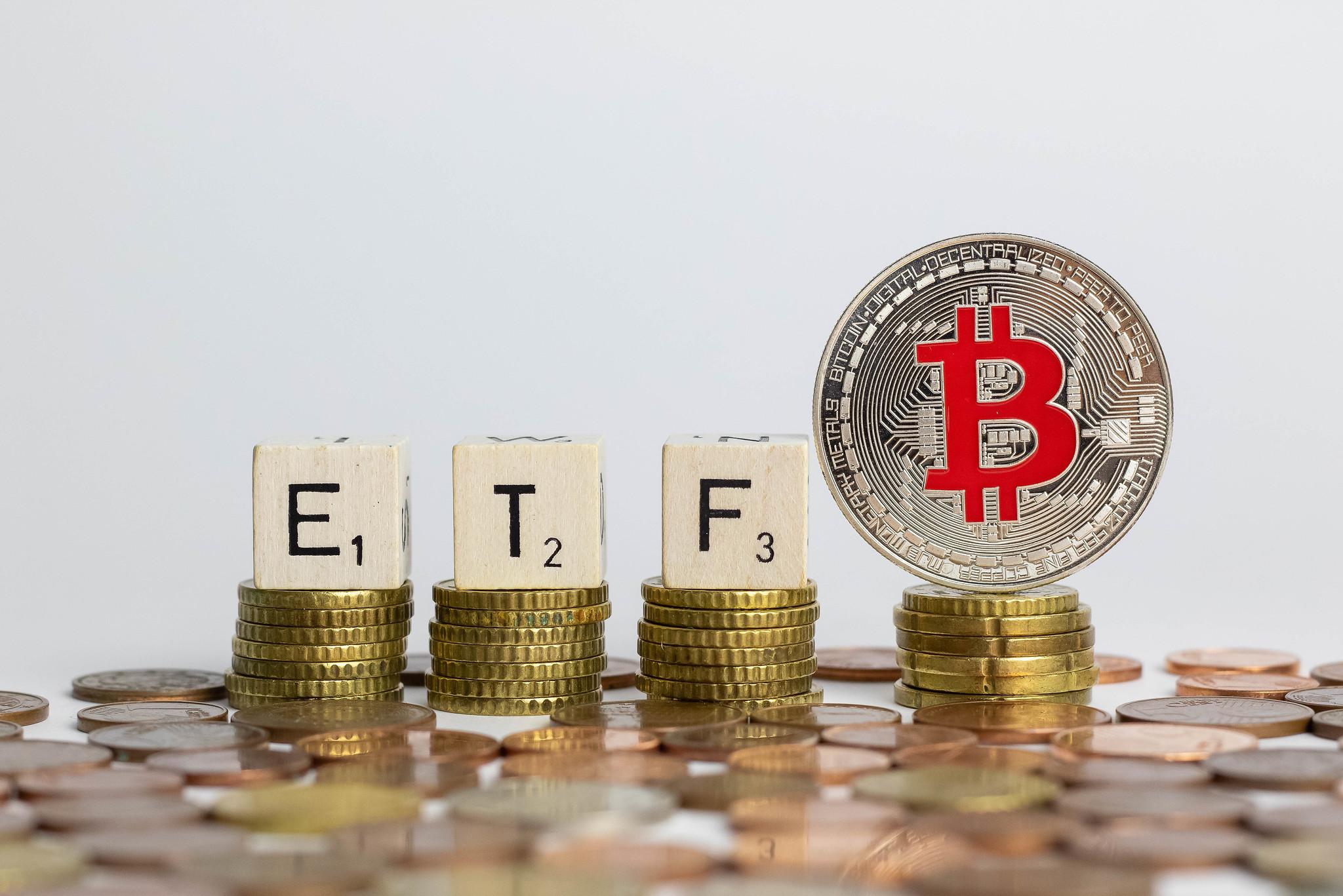 'Bitcoin koers stijgt met 153 procent na bodem van 10.000 dollar'